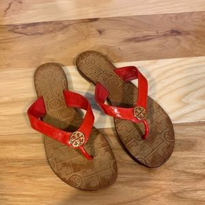 Tory Burch red patent Thora sandals. Size 5